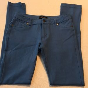 Active USA blue knit skinny legging jeans sz M